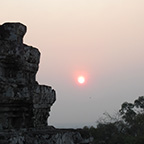 プノンバケンの夕日