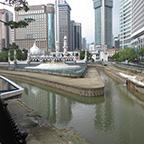 川の合流点